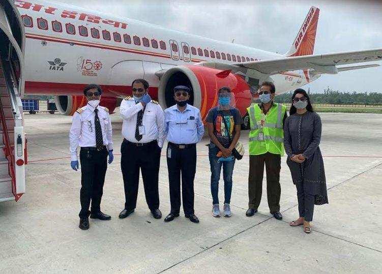 देहरादून से बेंगलूरू और हैदराबाद के लिए आज से शुरू हुई हवाई सेवा
