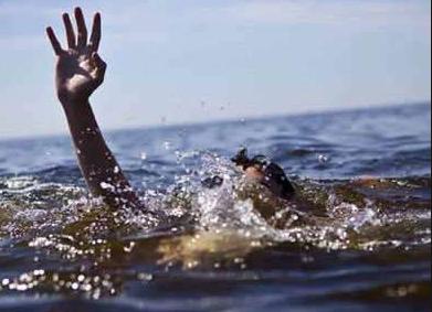 उत्तराखंड   नहाते समय गंगा में डूबा युवक, घर का था इकलौता चिराग