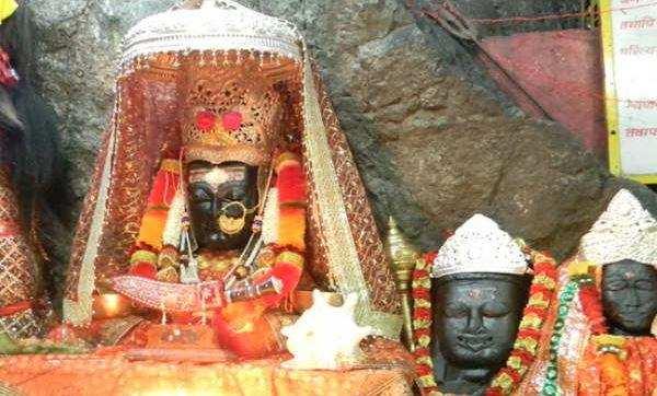 उत्तराखंड की रक्षक देवी   दिन के दौरान अपना रूप बदलती है ये देवी