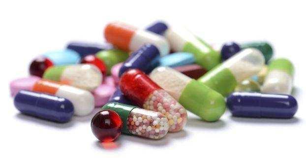 काशीपुर | प्रॉपर्टी डीलर के घर पर छापेमारी, करोड़ों की नशीली दवाएं पकड़ी
