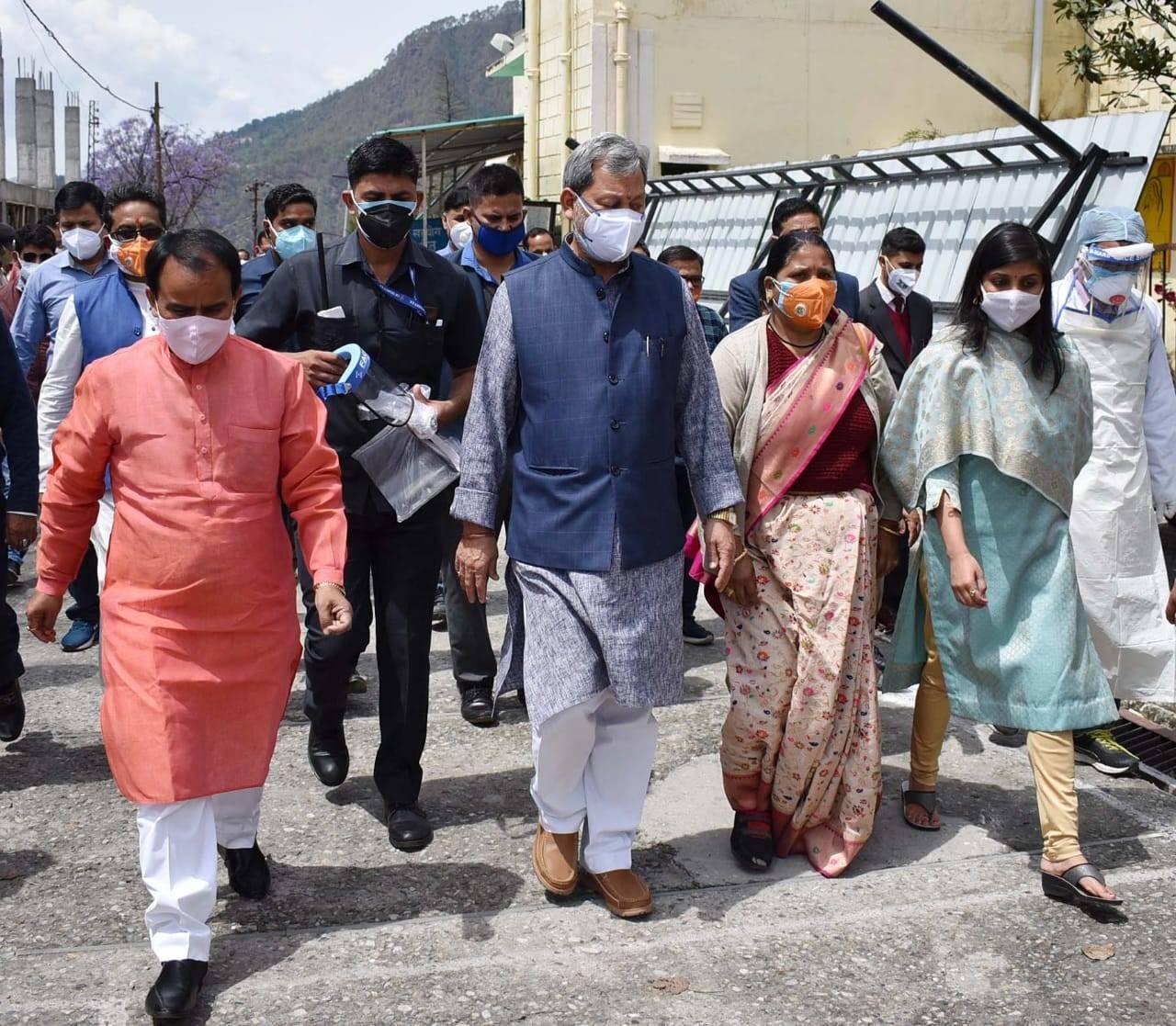 पहाड़ी जिलों के दौरे पर CM तीरथ, इस जिले में दो दिन में लगेगाऑक्सीजन प्लांट