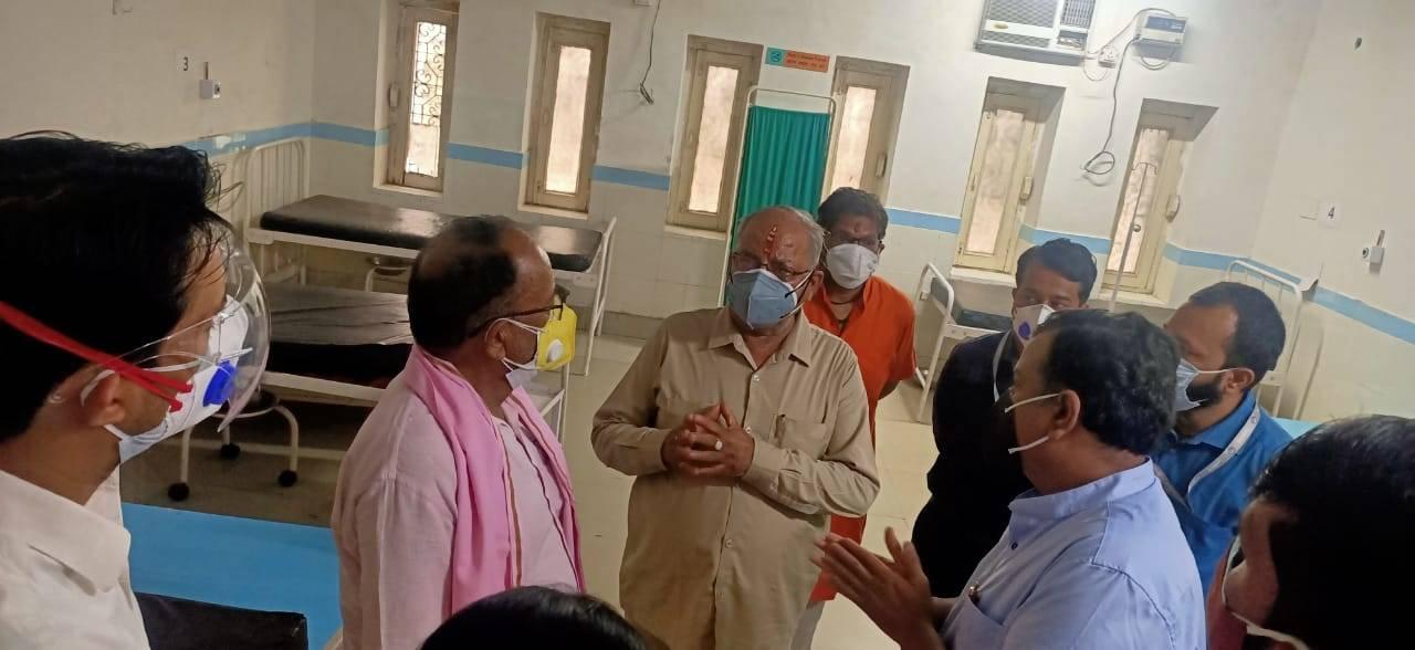 उत्तराखंड   अस्पताल में अव्यवस्थाओं पर चढ़ा कैबिनेट मंत्री भगत का पारा, देखिए वीडियो