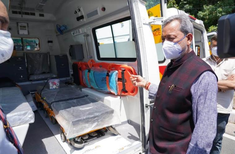 उत्तराखंड |मुख्यमंत्री ने जनता को समर्पित की दो लाइफ सपोर्ट एंबुलेंस