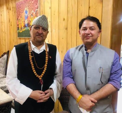 हरिद्वार कुंभ में पहुंचे नेपाल के राजा, डीजी सूचना रणवीर सिंह ने दियामुख्यमंत्री का ये संदेश